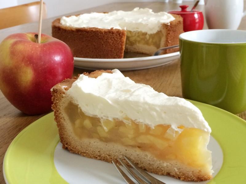 Beitragsbild Apfelkuchen mit Sahnehaube