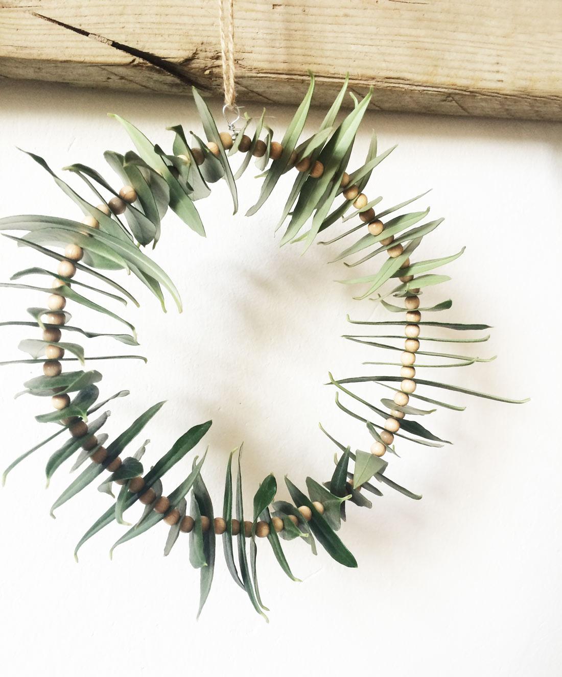 Kranz aus Olivenblättern fertig