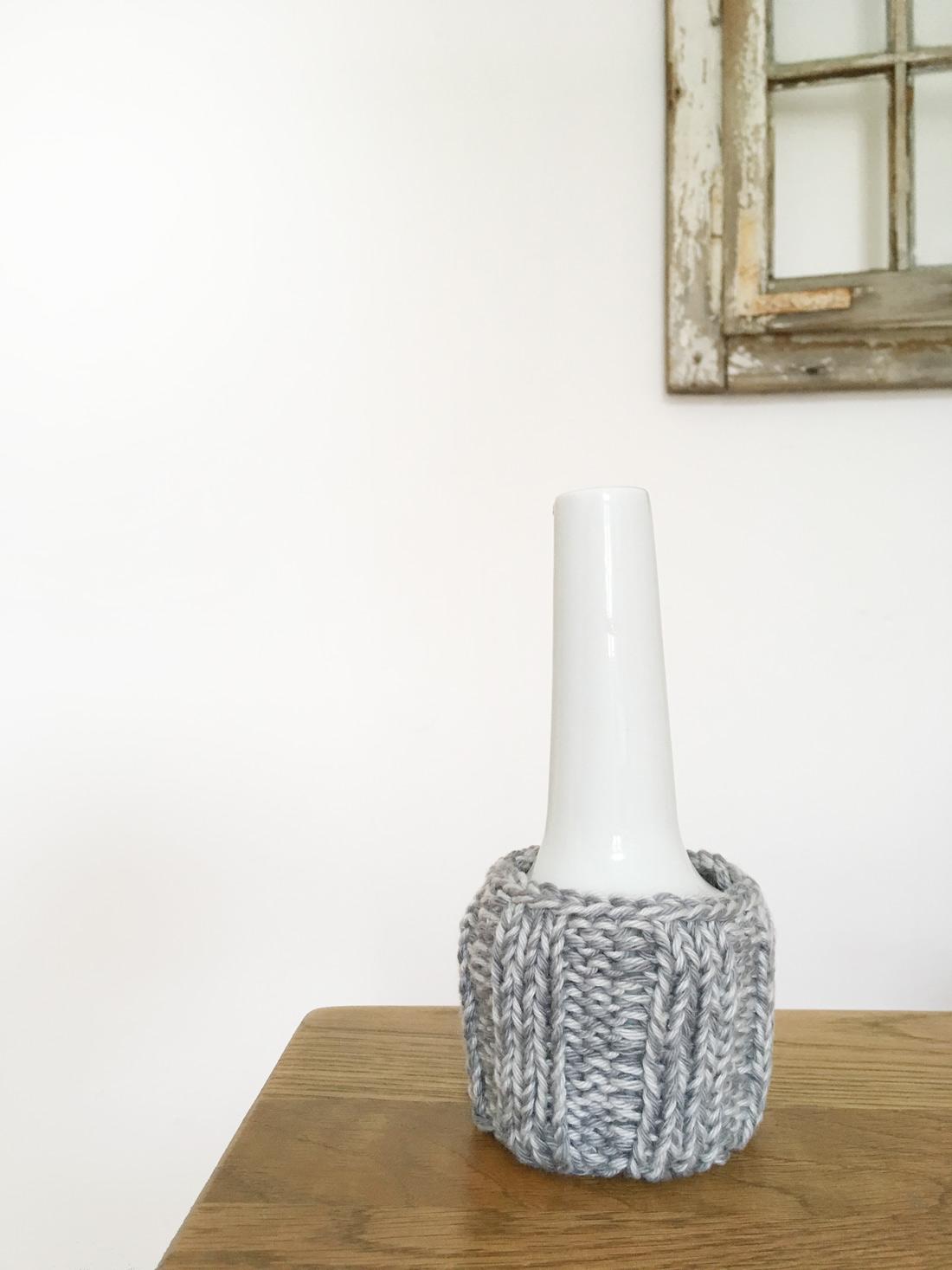 Stulpe 2 mit Vase