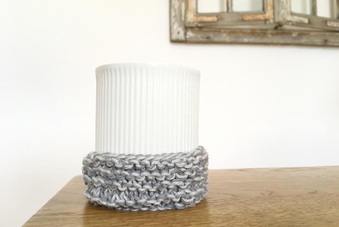Stulpe 3 mit Vase