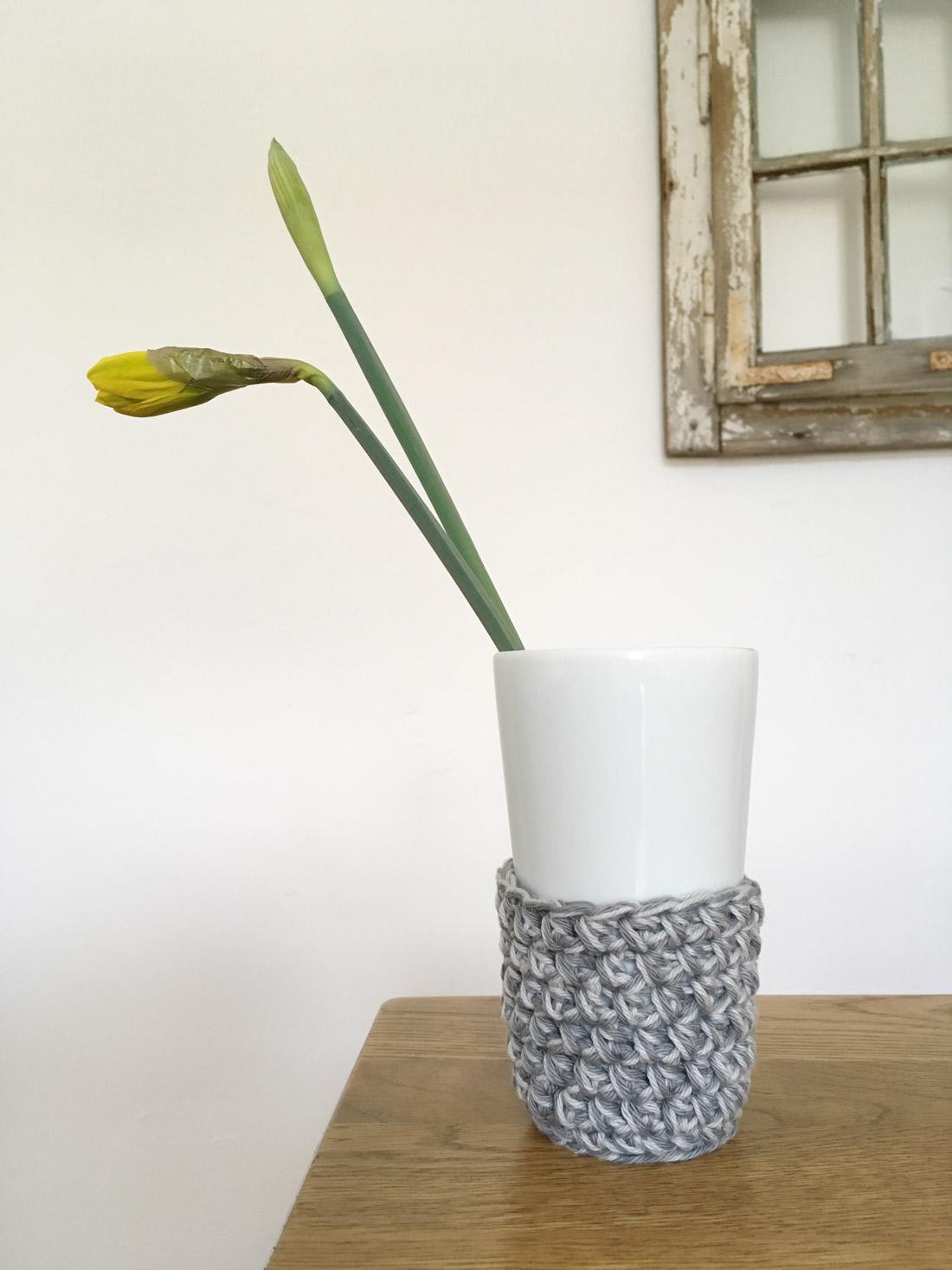 Stulpe 4 mit Vase