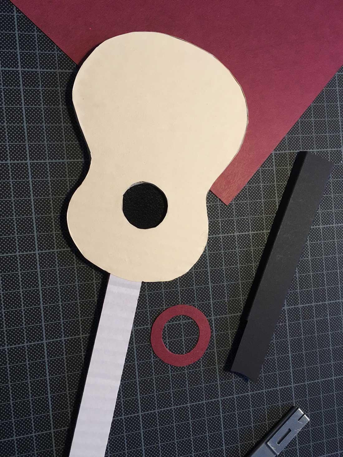 Gitarrenkörper bekleben
