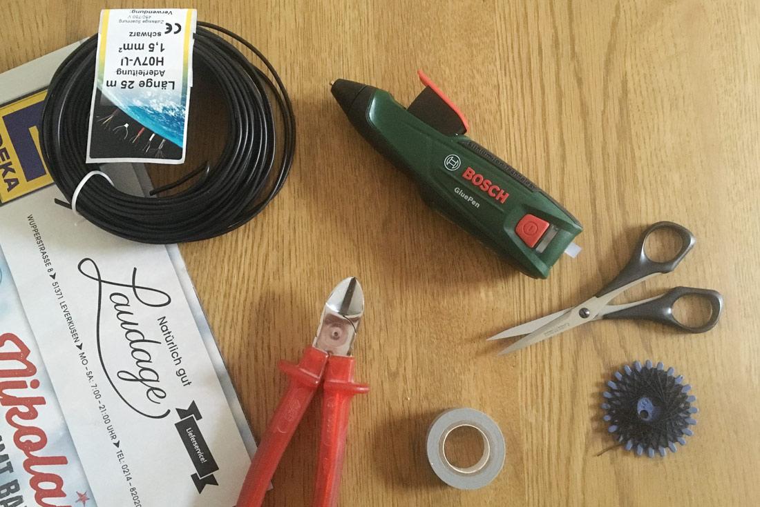 Material für Holzreifen mit Schriftzug