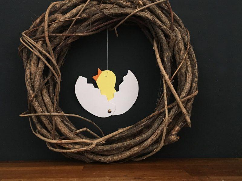 Basteln mit Kindern, Küken aus Ei geschlüpft