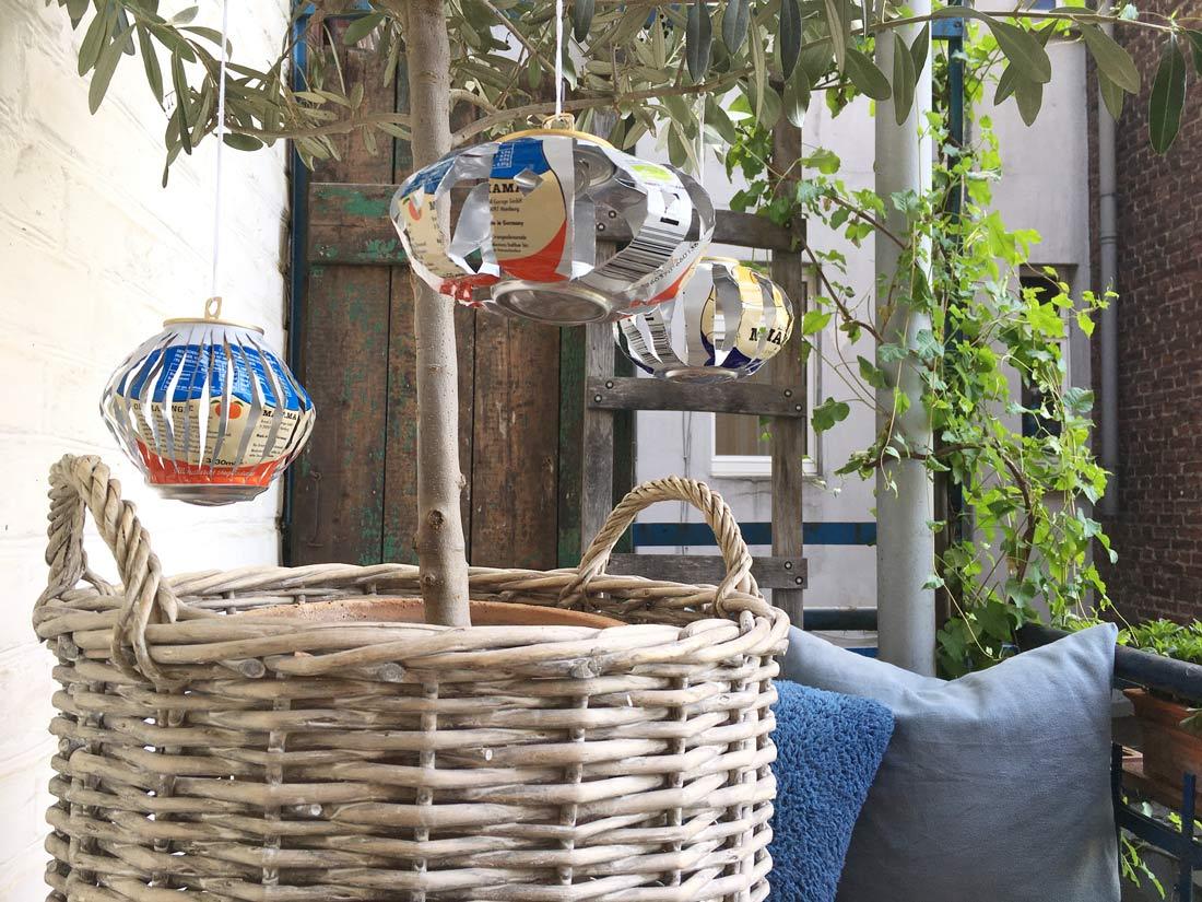 Windlichter aus MAMA Getraenkedosen